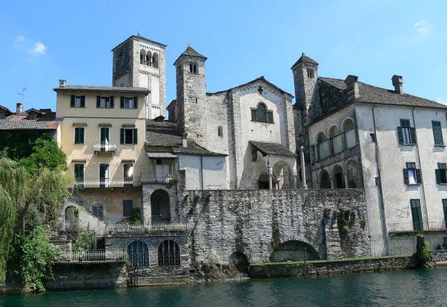 Basilica di San Giulio dal Lago