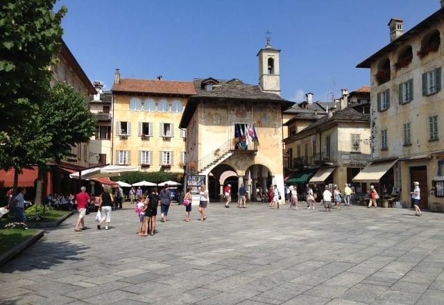 Piazza Orta Palazzotto
