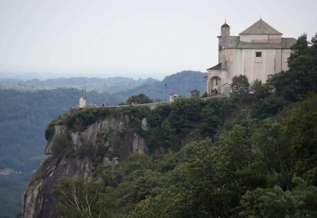 Santuario Madonna del Sasso dall'Hotel Panoramico
